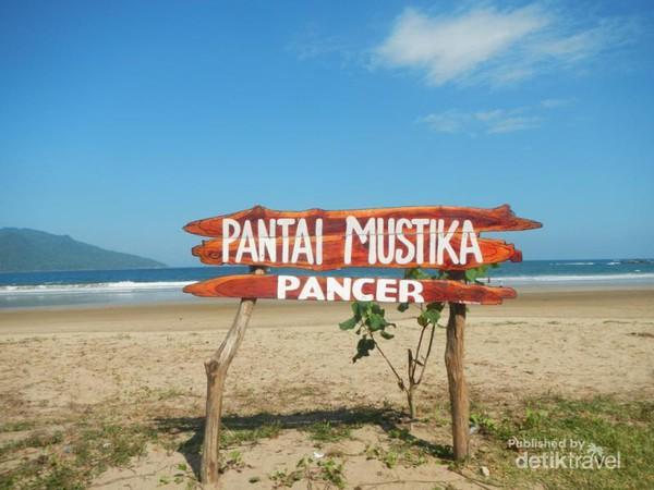 Pantai Mustika Banyuwangi Saingan Berat Pulau Merah Kab
