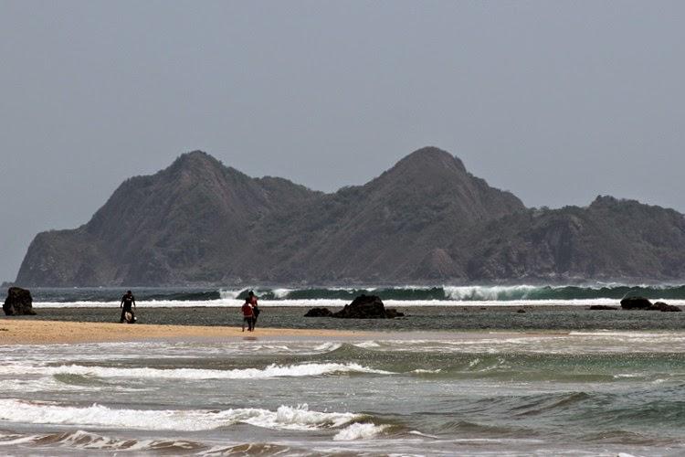 Pantai Mustika Pulau Mustaka Banyuwangi Bagus Kab
