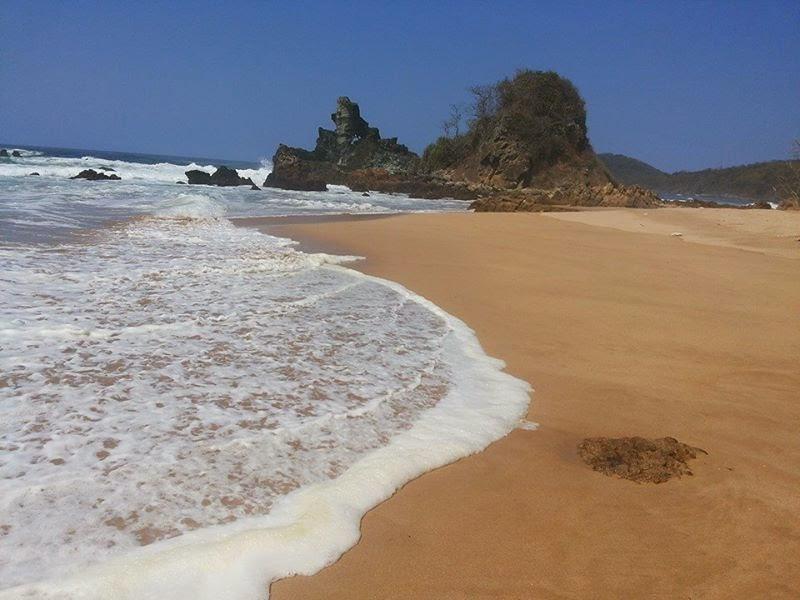 Pantai Mustika Pulau Mustaka Banyuwangi Bagus Parang Kursi Pesanggaran Kab