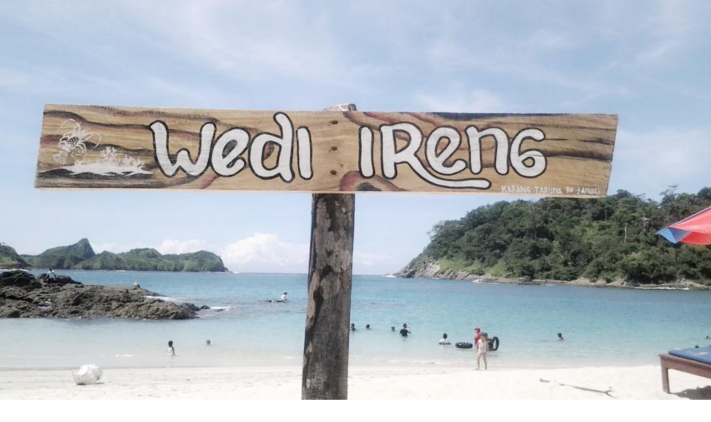 Pantai Wedi Ireng Banyuwangi Radiksa Cepek Mencari Destinasi Wisata Bukanlah