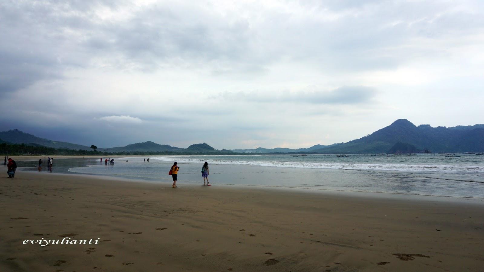 Perjalanan Pantai Mustika Pulau Merah Banyuwangi Sekitar 3 4 Km