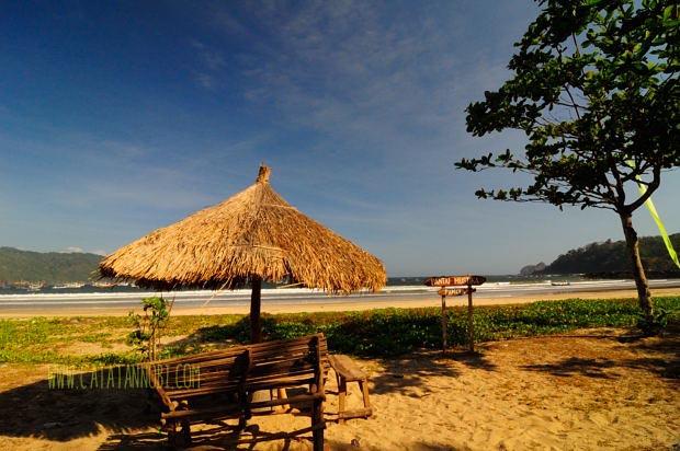 Piknik Sebentar Pantai Mustika Banyuwangi Catatan Nobi Gazebo Sederhananya Kab