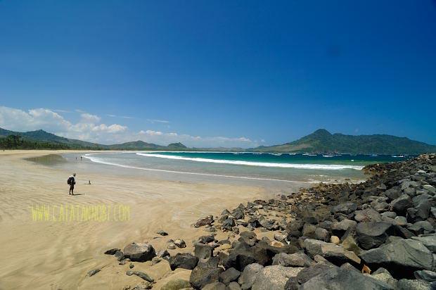 Piknik Sebentar Pantai Mustika Banyuwangi Catatan Nobi Kab