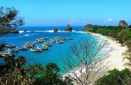 11 Tempat Wisata Palu Sulawesi Tengah Layak Dikunjungi Mencapai Obyek