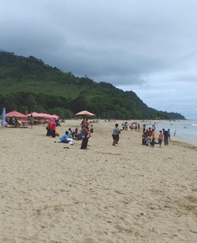 50 Pantai Indonesia 23 Pulau Merah Banyuwangi Palu Kuning Kab