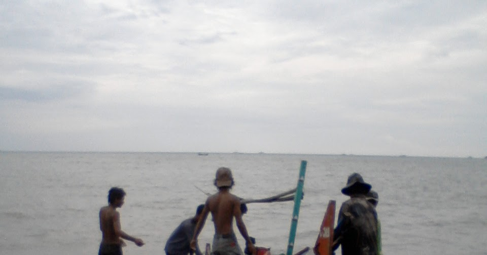 Kampung Mbrasan Nelayan Desa Palu Kuning Pantai Kab Banyuwangi