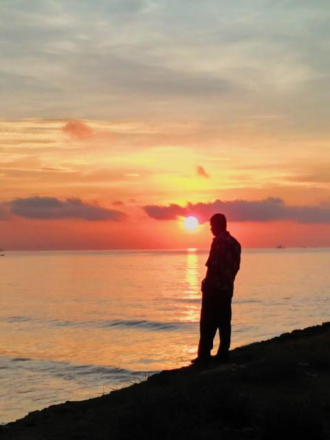 Palu Kuning Underrated Beach Banyuwangi Sun Pantai Kab