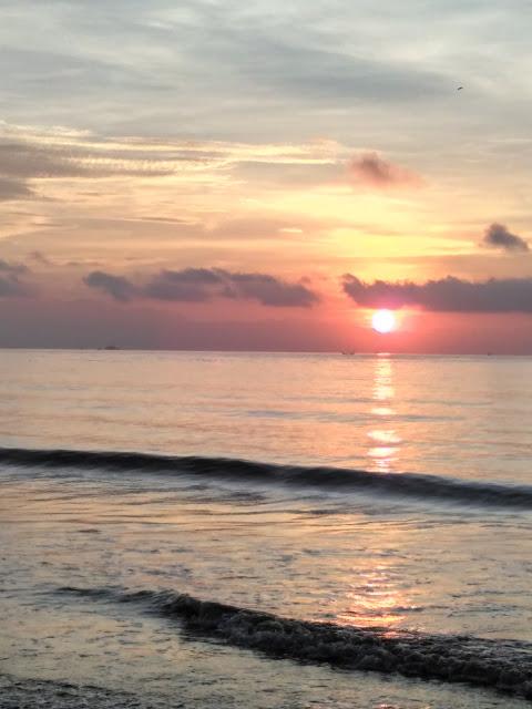 Palu Kuning Underrated Beach Banyuwangi Sunset Pantai Palukuning Jpg Kab