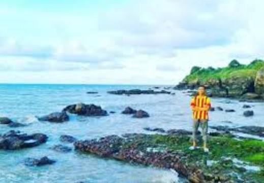 65 Tempat Wisata Banyuwangi Terkenal Menarik Dikunjungi Pantai Jatisari Parang
