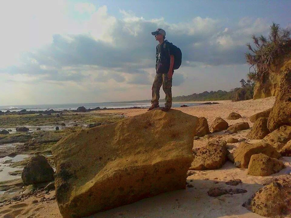 Jejak Kaki Pantai Pancur Banyuwangi Memiliki Garis Panjang Bersebelahan Trianggulasi
