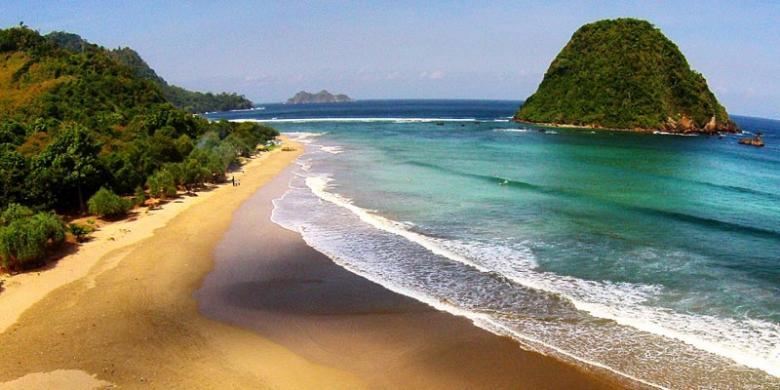 Limakaki Pantai Banyuwangi Memiliki Ombak Besar Keamanan Kenyamanan Berlibur Kabupaten
