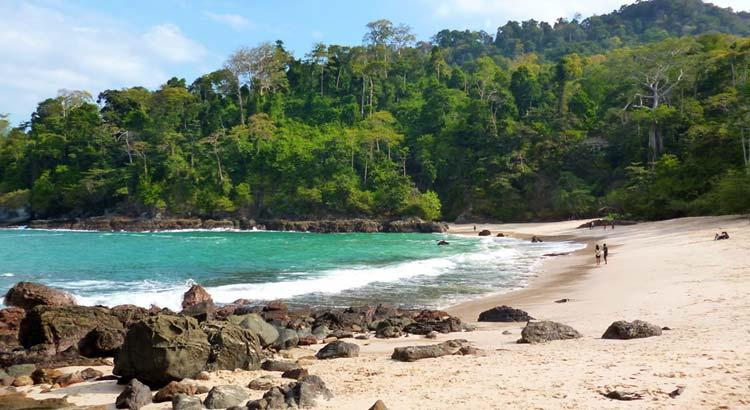 Harga Tiket Masuk Teluk Ijo Banyuwangi 2018 Htm Pantai Hijau