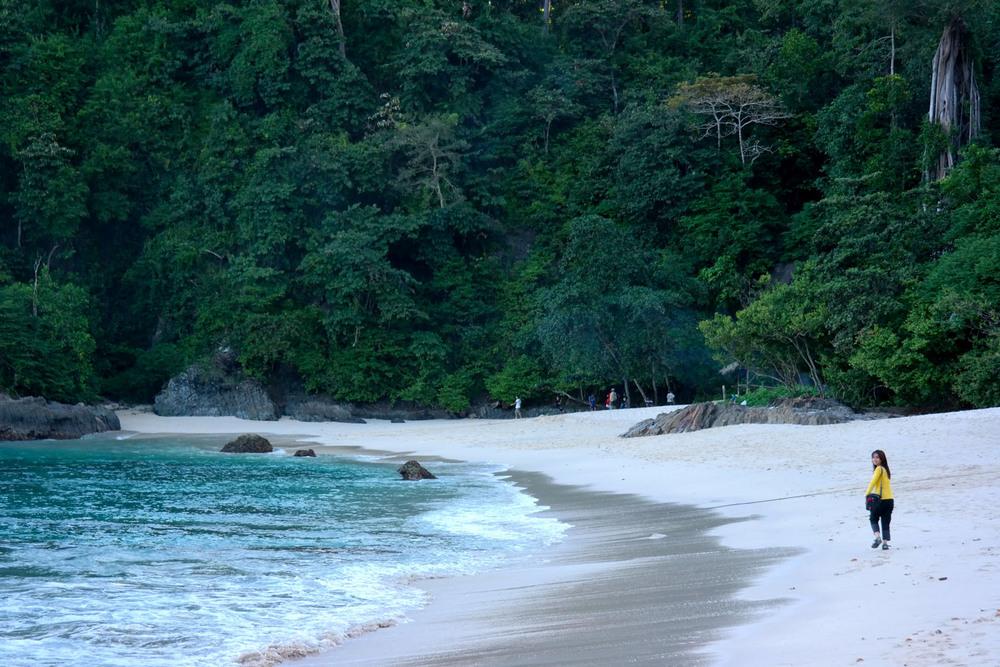 Liburan Teluk Ijo Banyuwangi Pantai Hijau Kab