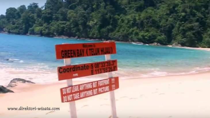 Pantai Teluk Hijau Banyuwangi Direktori Wisata Indonesia Kab