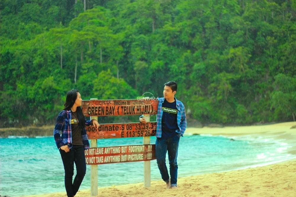 Pantai Teluk Hijau Banyuwangi Tempat Wisata Terbaik Indonesia Kab