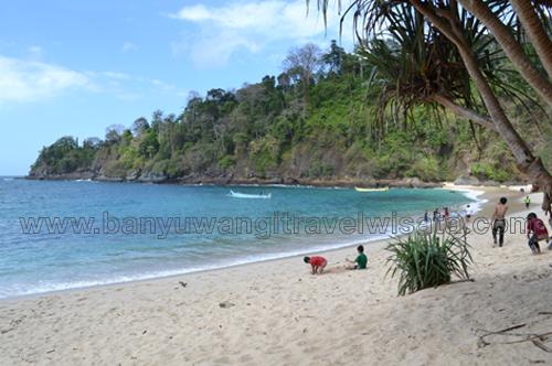 Wisata Pantai Teluk Hijau Green Bay Banyuwangi Paket Kab