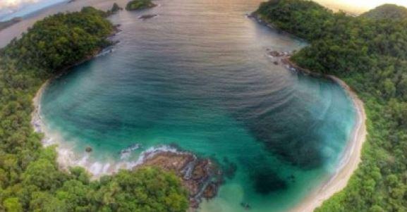 Wisata Teluk Hijau Banyuwangi Green Bay Travel Tour Uniknya Pantai