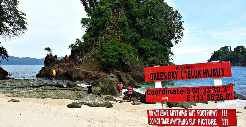 Wisata Teluk Hijau Naila Rental Mobil Banyuwangi Location Pantai Kab