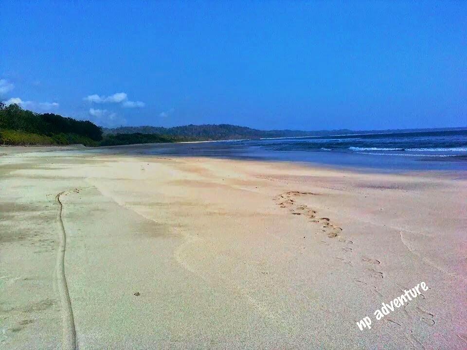 Jejak Kaki Pantai Trianggulasi Banyuwangi Kab