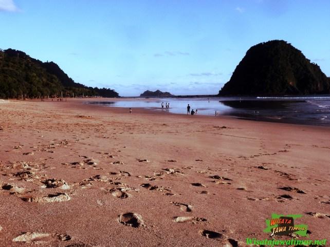Pantai Pulau Merah Banyuwangi Wisata Jawa Timur Kab