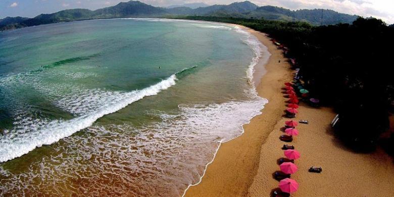 Pantai Pulau Merah Primadona Pariwisata Banyuwangi Kompas Kab