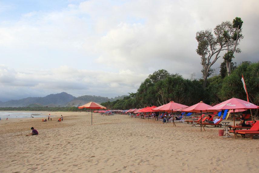 Pantai Pulau Merah Surfing Pemandangan Alam Indah Banyuwangi Lokasi Tidak