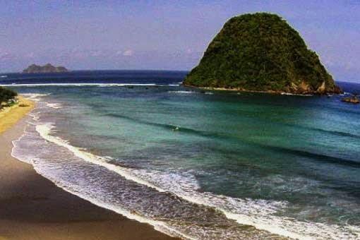 Pesona Bukit Kecil Pantai Pulau Merah Banyuwangi Wisata Rekomended 17sekians