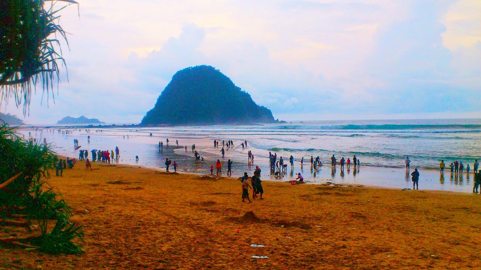 Pesona Pantai Wisata Pulau Merah Banyuwangi Jawatimur Ndi Red Island
