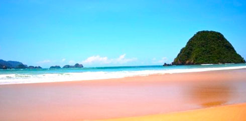 Pulau Merah Banyuwangi Tourism Kab
