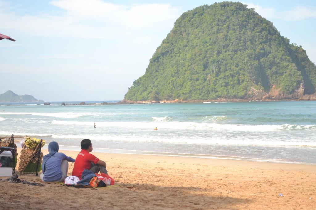 Pulau Merah Banyuwangi Wisata Tour Beach Kab