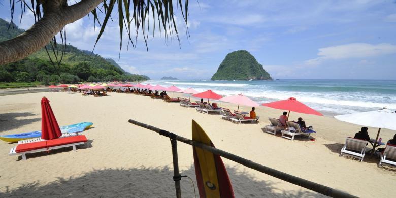 Turis Asing Suka Berlama Banyuwangi Dicari Pantai Pulau Merah Pesanggaran