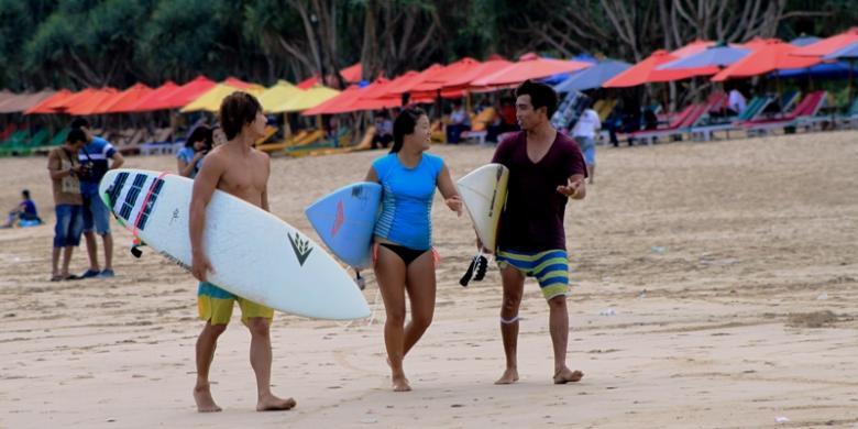 Warga Pantai Pulau Merah Nikmati Berkah Pariwisata Kompas Kab Banyuwangi
