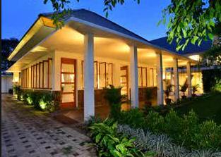 Wisata Pantai Pulau Merah Indah Mempesona Hotel Kab Banyuwangi