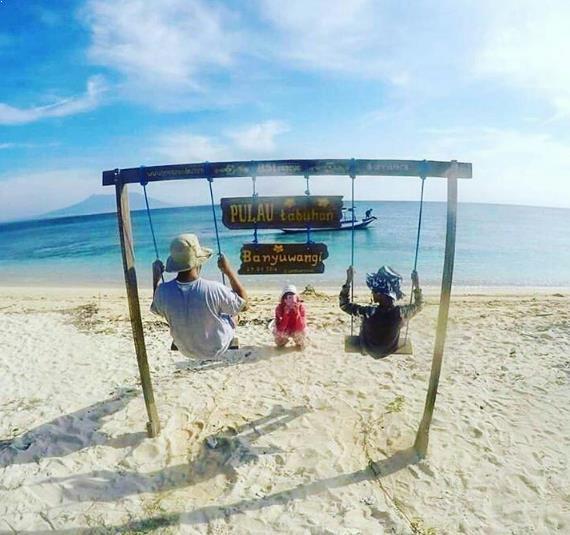 Asal Usul Homestay Aktivitas Seru Pulau Tabuhan Banyuwangi Foto Kab