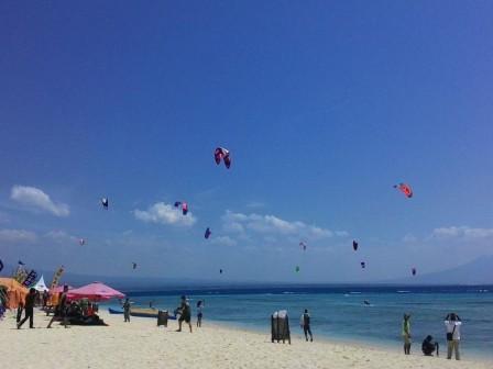 Wisata Pulau Tabuhan Banyuwangi Eksotis Paket Backpacke Kab