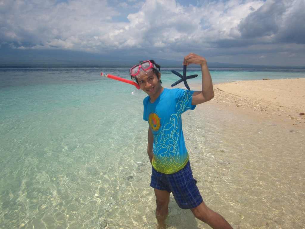 World Pulau Tabuhan Mutiara Mungil Tengah Selat Bali Kab Banyuwangi