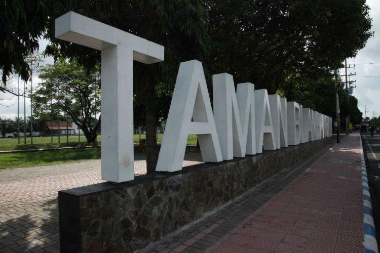 Banyuwangi Merdeka Surabaya Punya Taman Bungkul Blambangan 2016 Reporter Mochammad