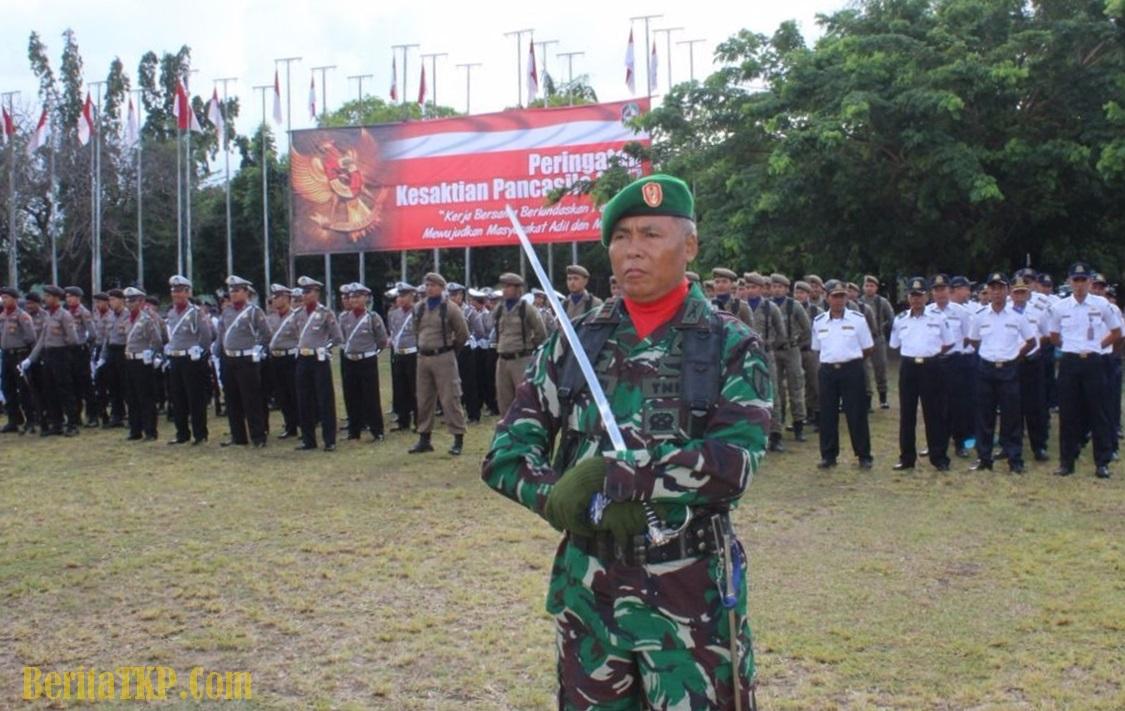 Danramil Kalipuro Dapuk Komandan Upacara Hari Kesaktian Pancasila Sebagai Inspektur