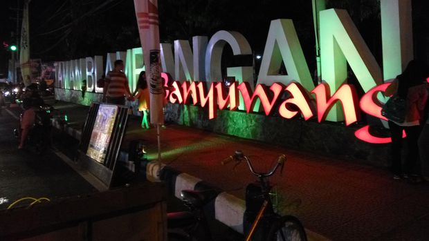 Meriahnya Malam Mingguan Taman Blambangan Banyuwangi Foto Aditya Mardiastuti Detikcom