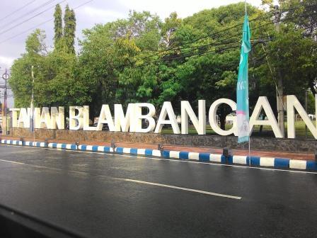 Post Title Taman Blambangan Destinasi Mempesona Kota Banyuwangi Kab