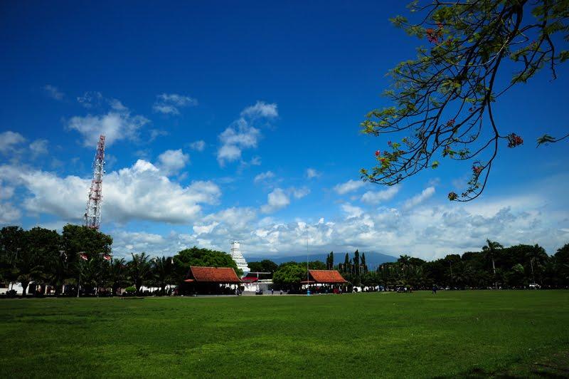 Taman Blambangan Direktori Banyuwangi Kab