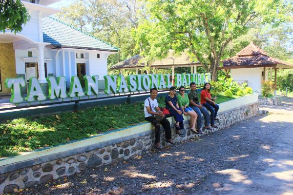 Journey Savana Bekol Taman Nasional Baluran Banyuwangi Setelah Beristirahat Sejenak