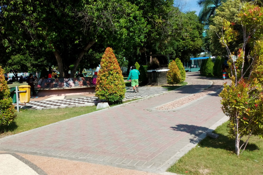 Banyuwangi Merdeka Foto Suasana Rindang Taman Sritanjung Kab