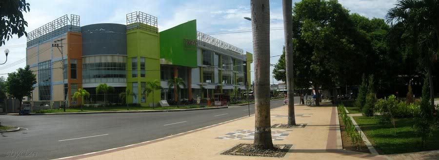 Cantiknya Taman Sri Tanjung Banyuwangi Bagus Sisi Timur Sritanjung Mall