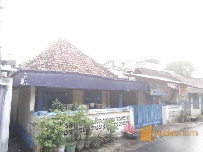 Jual Cepat Rumah Tempatnya Stategis Dekat Pasar Alun2 Taman Sritanjung