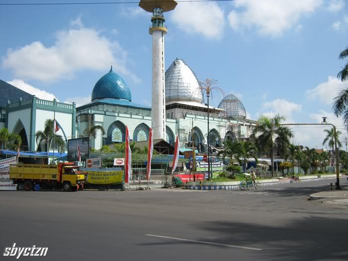 Sekilas Taman Sritanjung Kabupaten Banyuwangi Masjid Agung Baiturahman Ikonnya Masyarakat