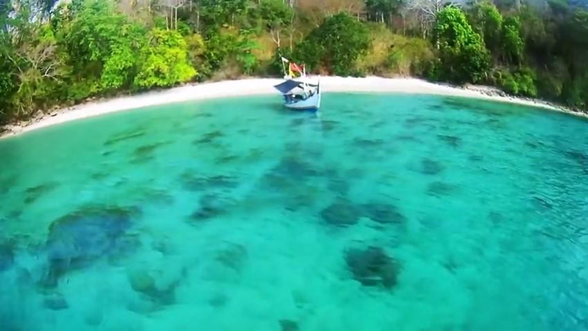 Ayo Teluk Biru Banyuwangi Blog Anak Nelayan Banyu Blue Bay