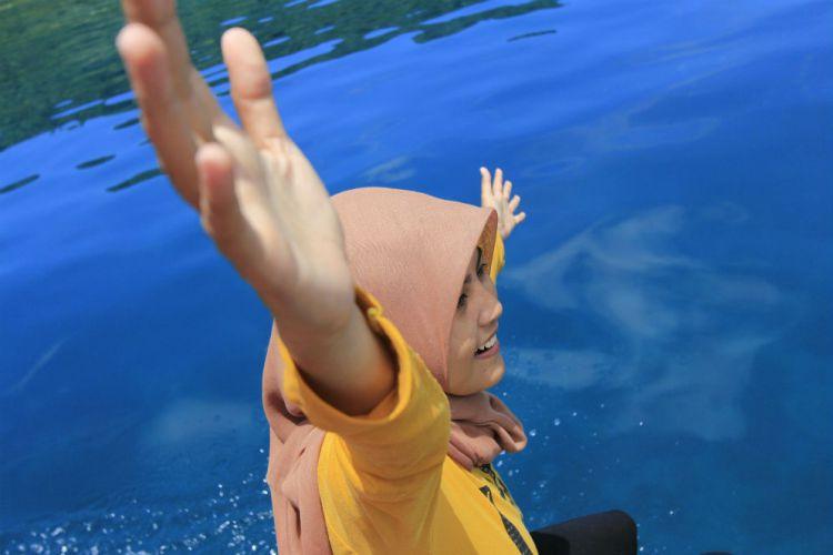 Banyuwangi Merdeka Keren Banget Pantai Teluk Biru Kab