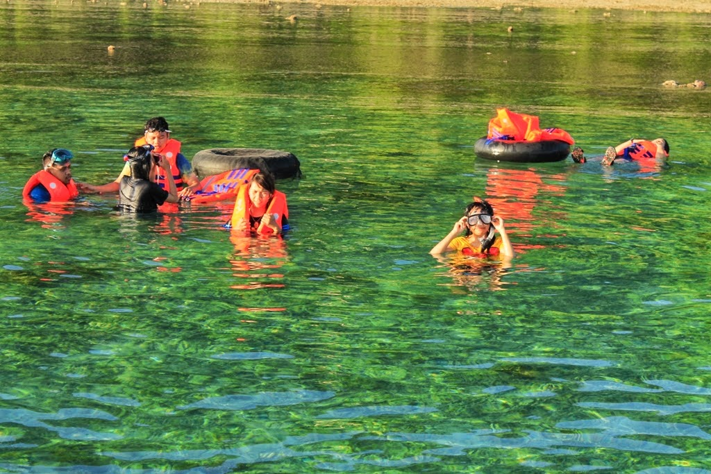 Teluk Biru Banyuwangi Bak Surga Tersembunyi Indah Kab