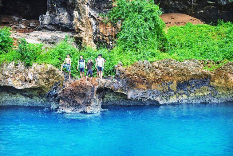 Wisata Teluk Biru Pesonanya Tak Ditolak Traveling Dulu Kab Banyuwangi